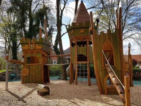 Häuptlings-Spielplatz Nürnburger Wall
